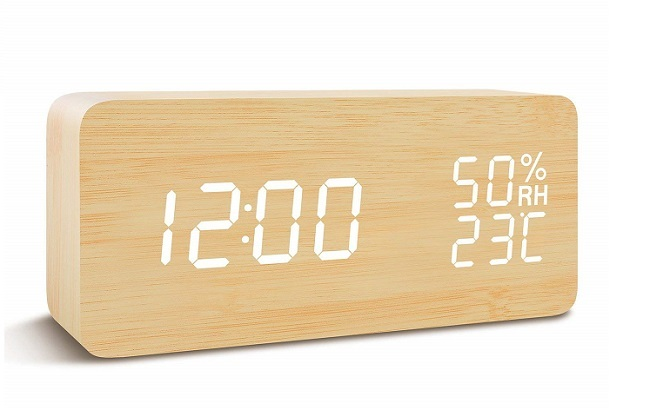 FiBiSonicの目覚まし時計を正面から