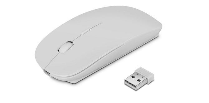 グレーっぽく写るTOPISTのワイヤレスマウス