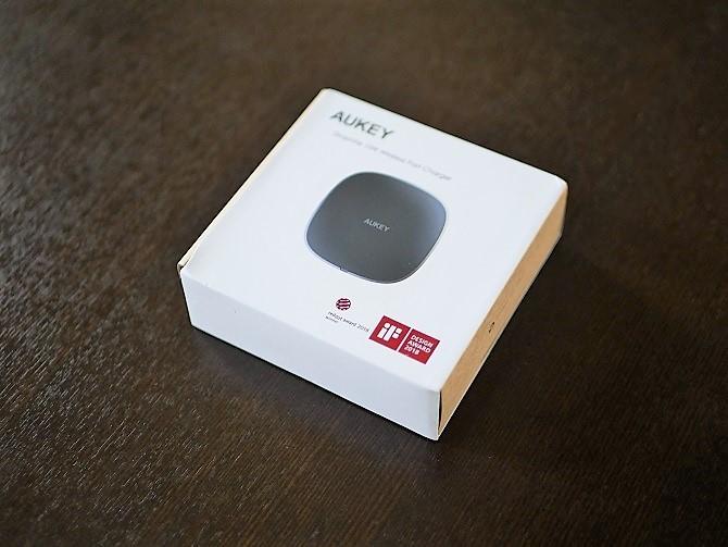 AUKEYのワイヤレス充電器「LC-Q6」外箱