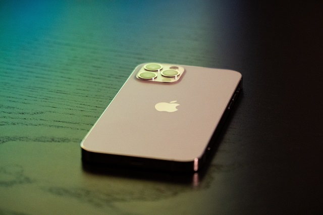 iPhone12とは